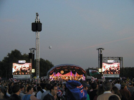 2003-09-13_Last_Night_of_the_Proms_0010.jpg