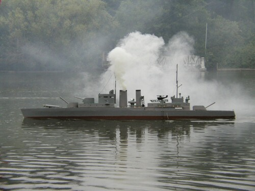 2004-06-26_Scarborough_Battleships_0005.jpg