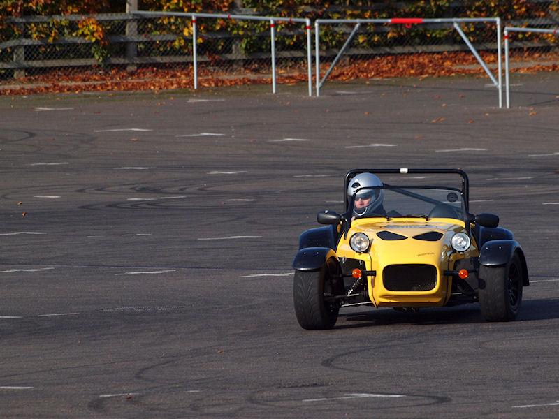 2011-10-29_Silverstone_0019.jpg